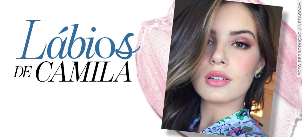 Camila Queiroz conta qual segredo para manter os lábios lindos