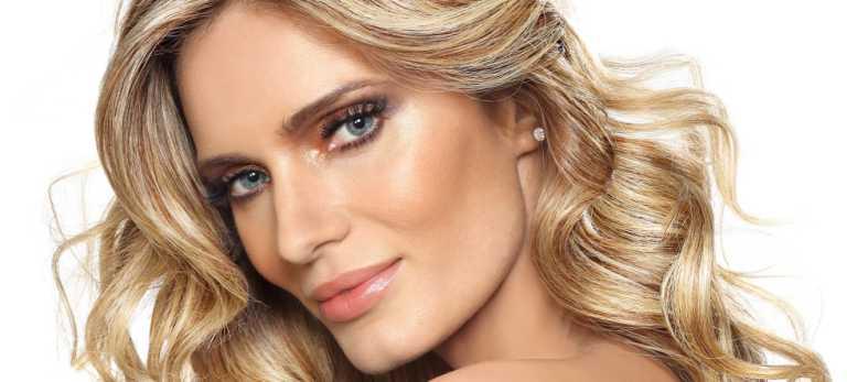 Capa da primeira revista Loucas por Beleza!